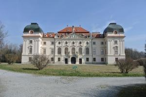 Riegersburg Chateau